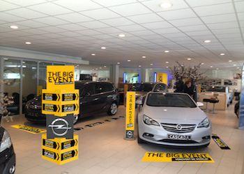 Creatieve-concepten-Opel-Big-Event1